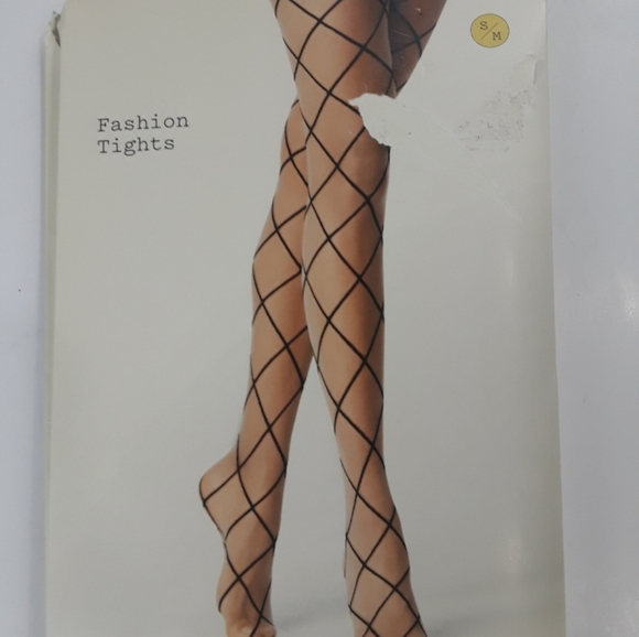 a new day Accessories - NWT Fashion Black pattern tights Size Small / M